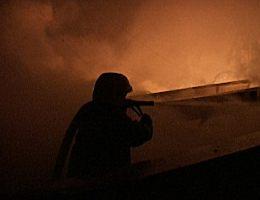 ВЛенинградской области сгорел склад компании «Форд»