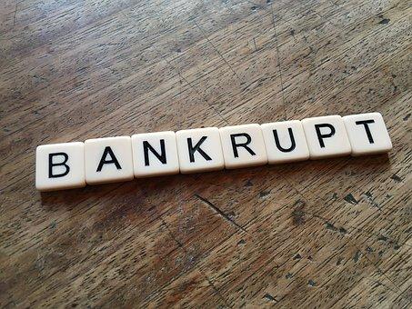 началось банкротство компаний
