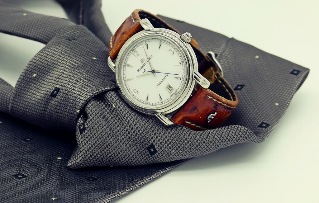 Часы украли дорогие сломанные часы продать
