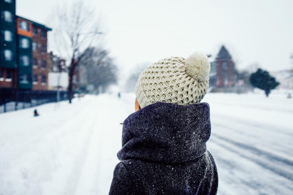 В Петербурге в пятницу ожидаются мокрый снег и плюсовая температура