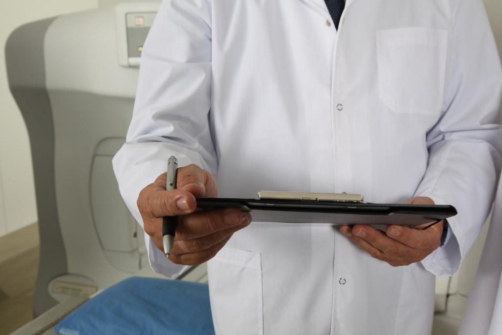 В Ленобласти проверят врачей, которые отказались помочь ребенку с травмой