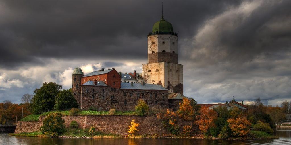 Выборгский замок тоже на час останется без подсветки Фото: http://vyborgmuseum.org/