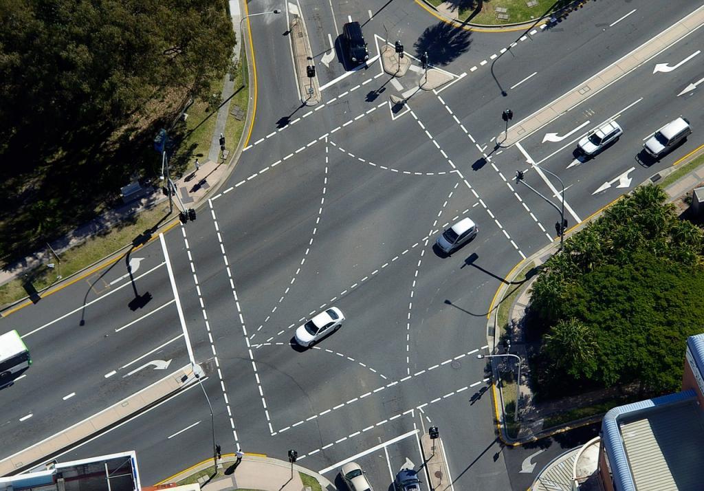 """Идея """"Автонет"""" базируется на эксперименте с перекрестками, проведенном в 2006 году в Стокгольме Фото: https://pixabay.com"""