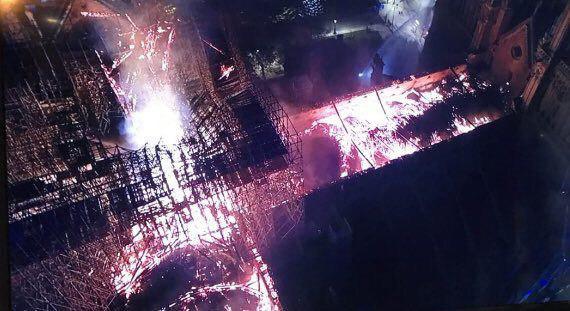Пожар шел несколько часов. Фото: Соцсети