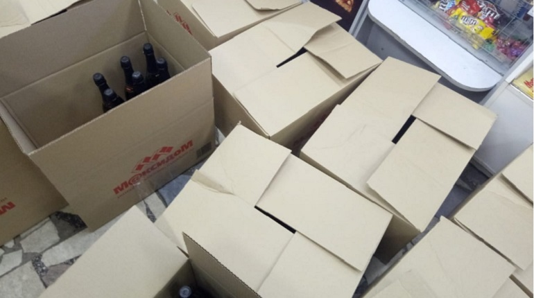 В Оренбургской области в ходе расследования изъяли 800 бутылок нелегального алкоголя