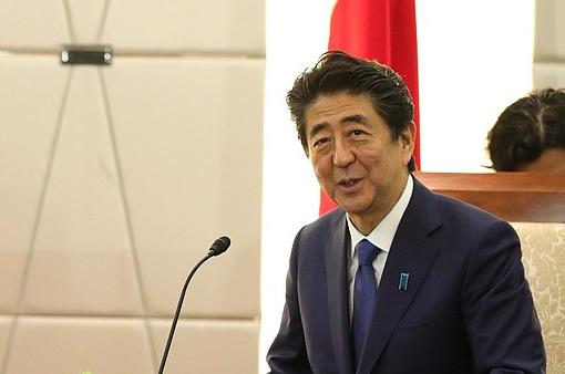 Абэ рассказал, почему близкие к заключению мира Россия и Япония так этого и не сделали