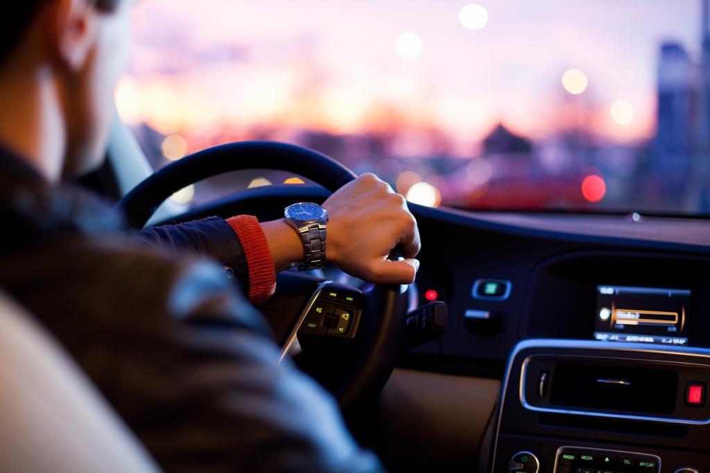 Сколько времени нужно копить на новую машину в России