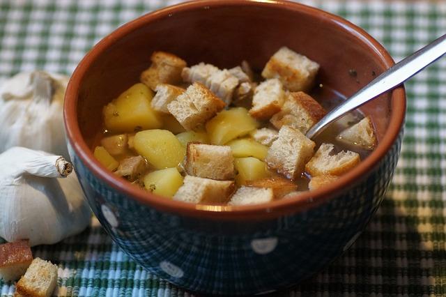 Диетолог назвала самый опасный суп