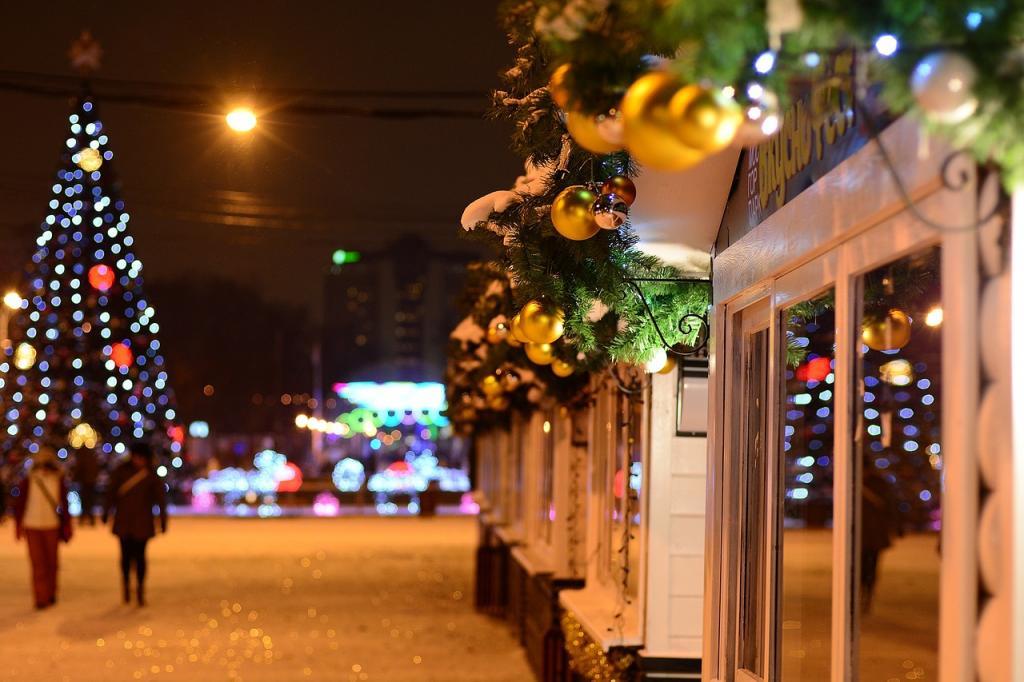УФАС рассмотрел первые жалобы по конкурсу на новогоднее украшение Петербурга