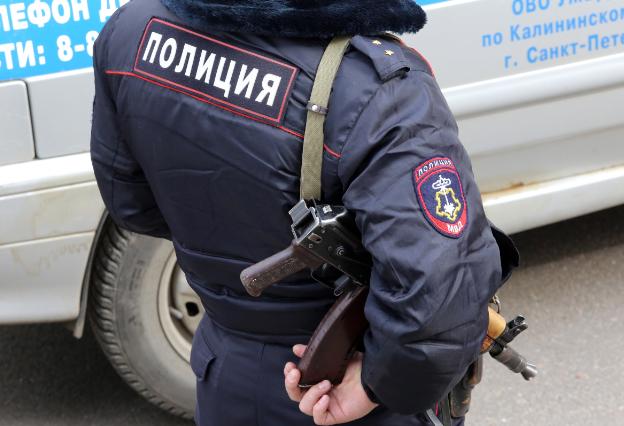 Пьяный житель Ленобласти избил заведующую школы искусств