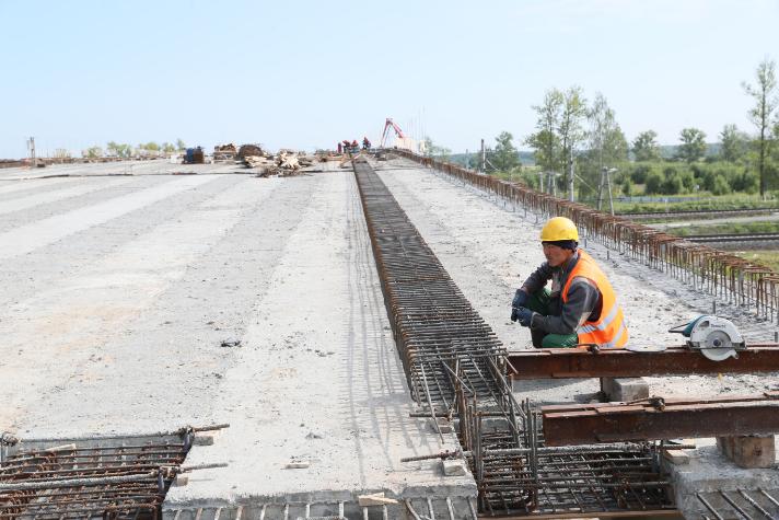 Путепровод в Колпино откроется на полгода раньше срока