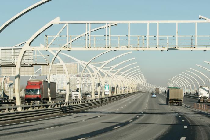 Ленобласть просит выделить из федерального бюджета 40 млрд рублей на дороги