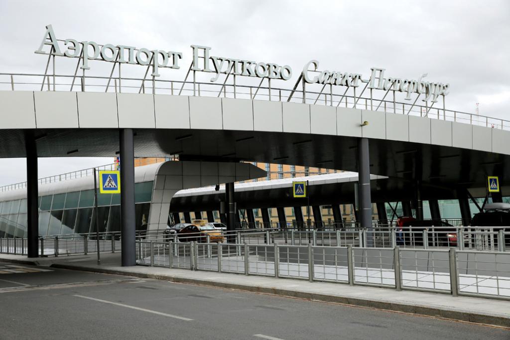 Пьяного петербуржца сняли с рейса до Тель-Авива в Пулково