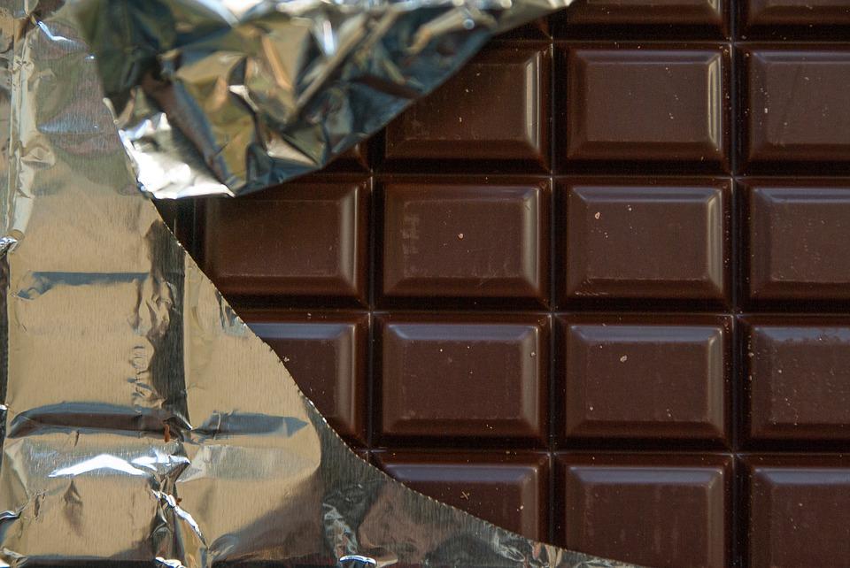 Эксперт рассказал, кому нужно есть шоколад
