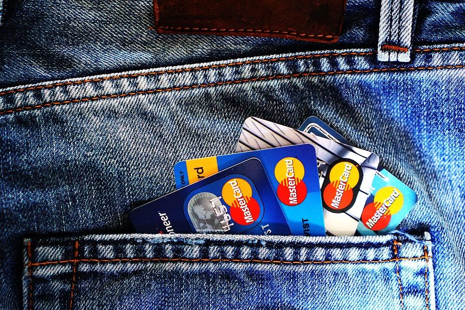 Число мошенничеств с банковскими картами увеличилось на 30% в России за январь 2021 года