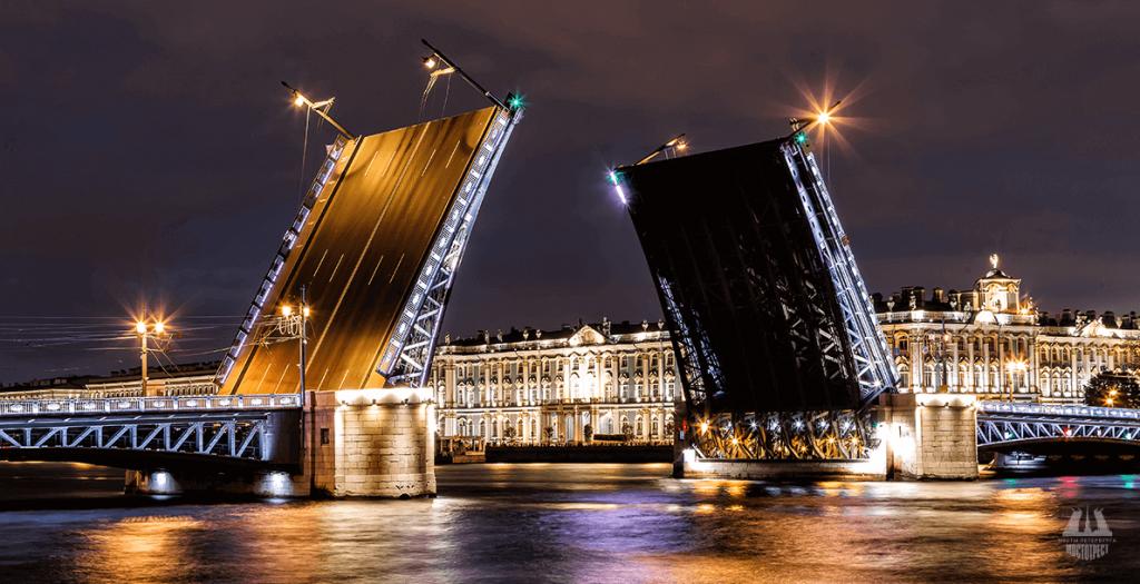 Дворцовый мост и Большой проспект Петроградской стороны в дни матчей ЕВРО-2020 украсит новая подсветка