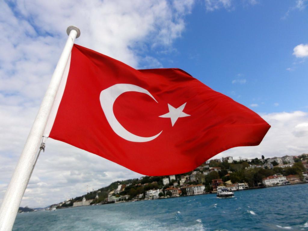 Бассейны и спа-центры в Турции попали под запрет из-за COVID-19