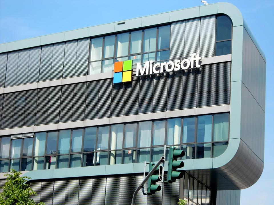 Microsoft завершит переговоры о покупке TikTok к 15 сентября