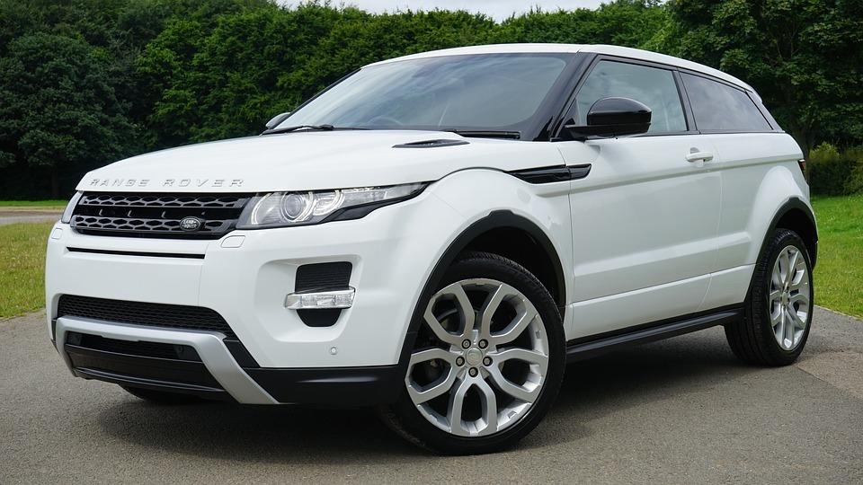 Китайцы выпустили копию Range Rover в10 раз дешевле оригинала