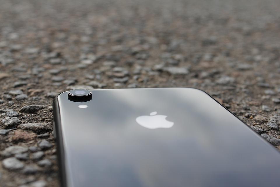Стало известно лучшее время для покупки iPhone в России