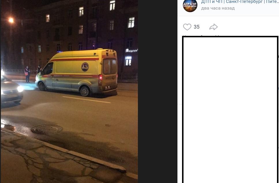 В ДТП на Среднеоохтинском пешеход сломал ногу