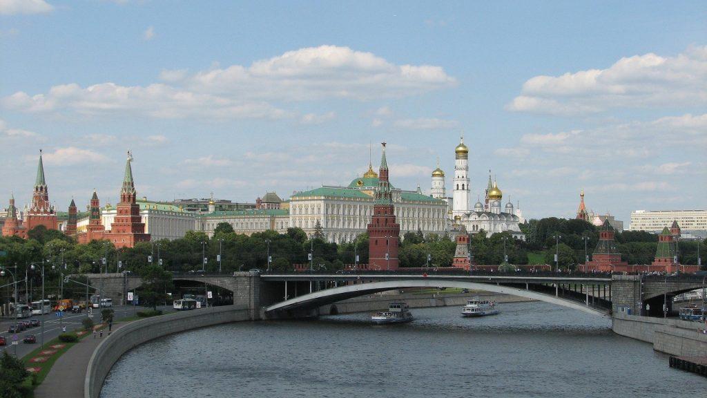 В Москве с 8 марта отменят обязательную самоизоляцию для пожилых