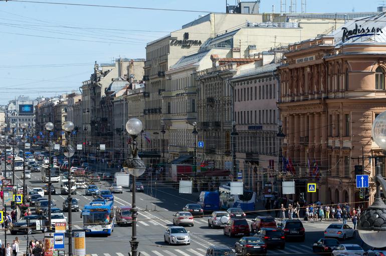 Петербургские феминистки устроили шествие в честь 8 марта