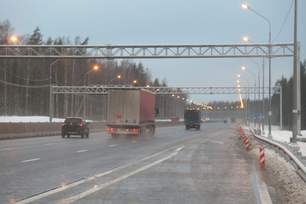 Рядом с Петрозаводском будет ограничено движение большегрузов по мостам