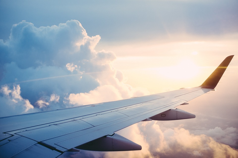 Самолет из Испании приземлился в Петербурге