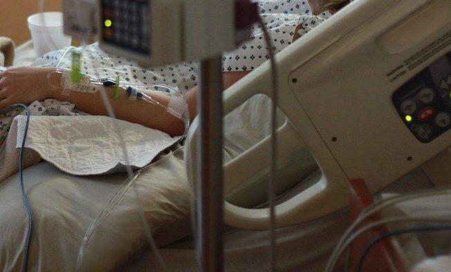 Самопровозглашенный хирург, изуродовавшая семь пациенток, впала к кому