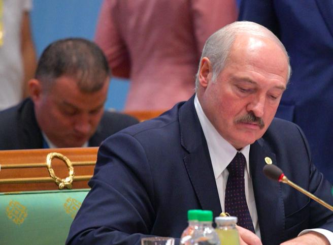 Лукашенко заявил, что будет «драться» за Белоруссию