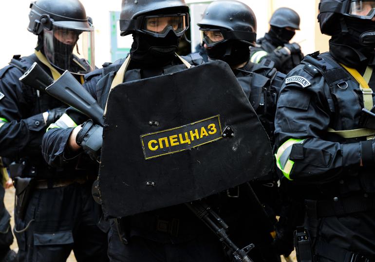 Задержанный за попытку захвата заложников в офисе «Альфа-банка» в центре Москвы признал вину