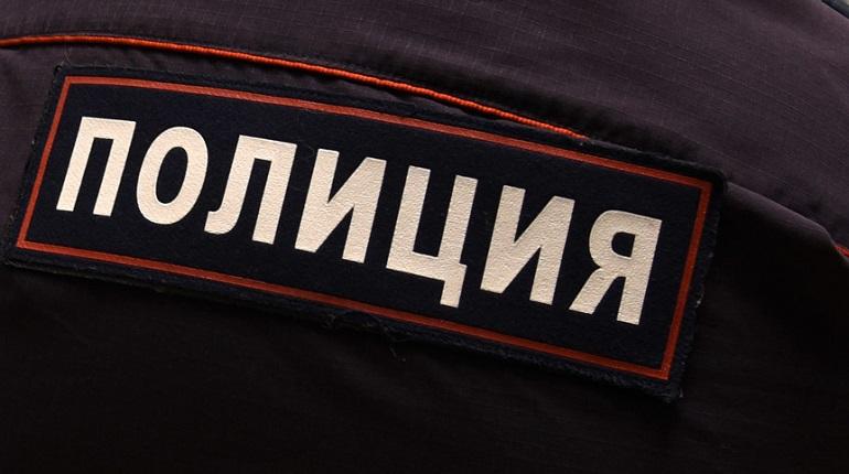 Пьяные посиделки с приятелями закончились для петербуржца избиением и грабежом