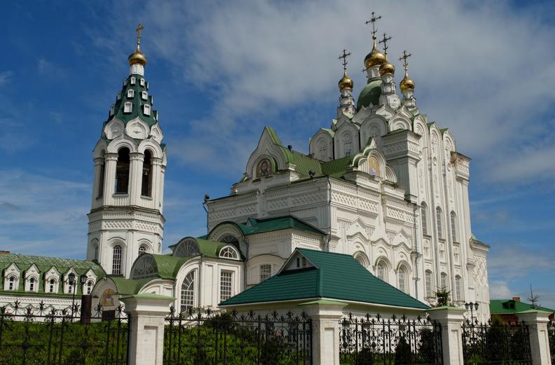 В Петербурге отреставрировали собор Пресвятой Троицы