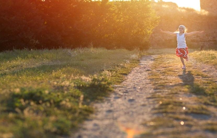 В Ленобласти разрешены прогулки в парках и скверах