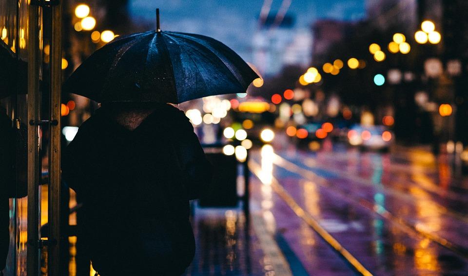 Петербуржцев предупредили о небольшом дожде в воскресенье