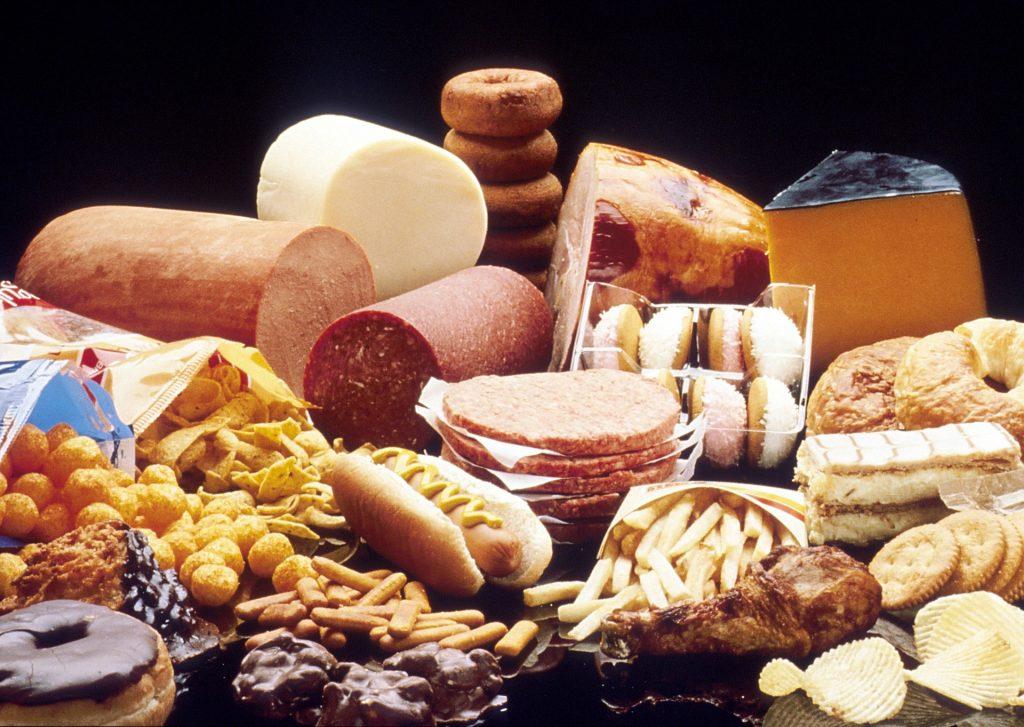 Ни жареного, ни пареного. Ученые назвали продукты, провоцирующие рак