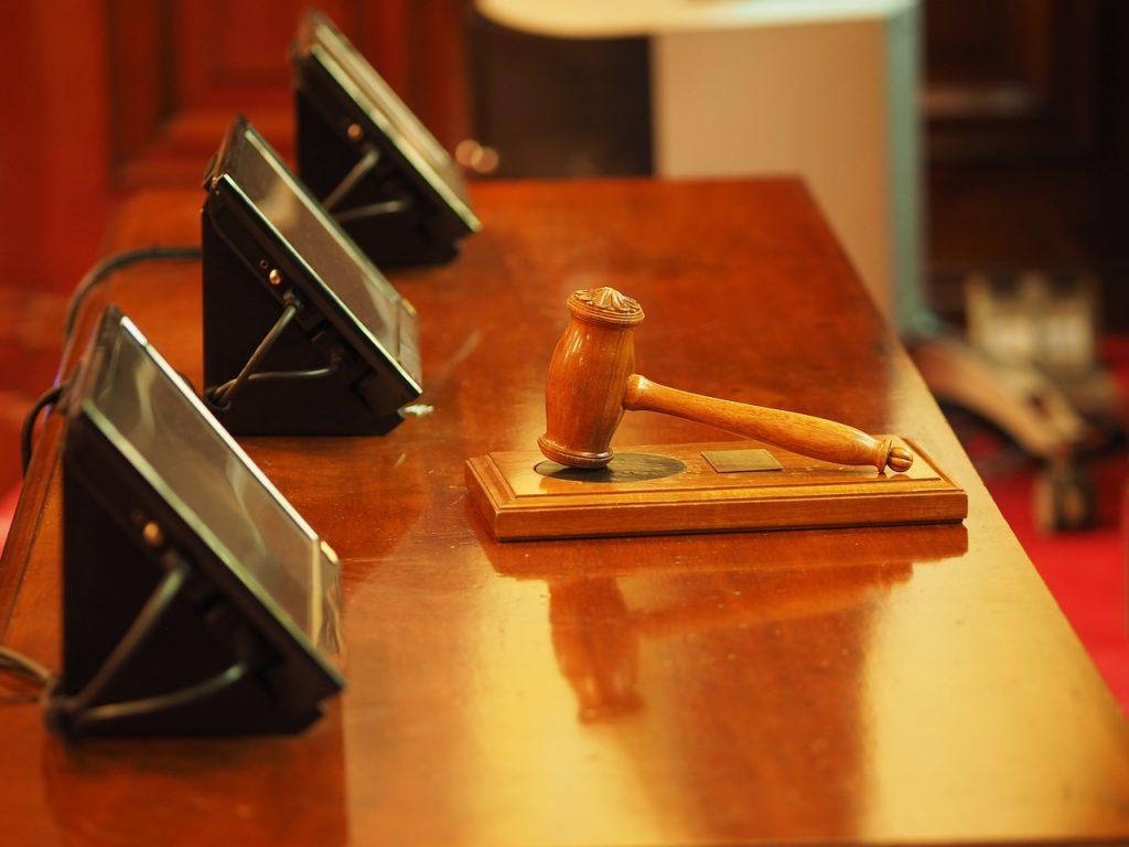 Петербургский суд рассмотрит дело о мошенничестве на 100 миллионов