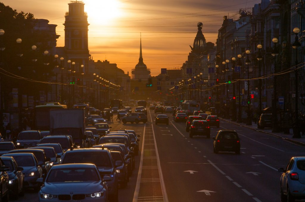 В центре Петербурга появятся ограждения в местах частых аварий