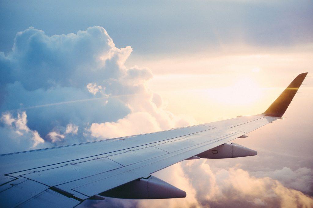 Минтранс надеется на возобновление международных авиаперелетов в июле