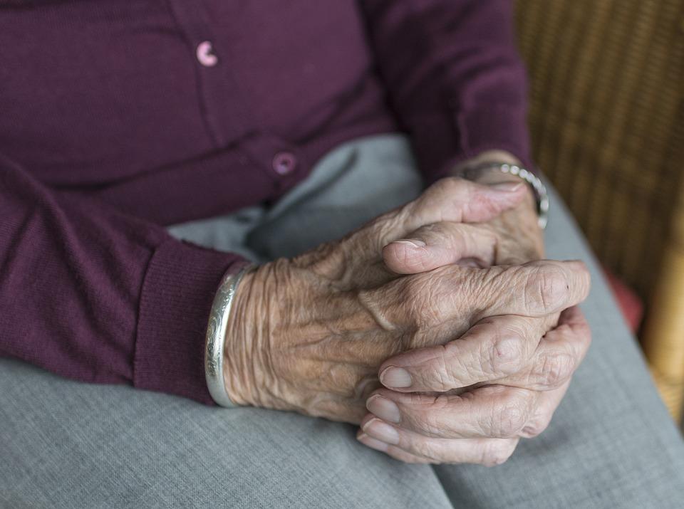 В ПФР предупредили о новой схеме мошенничества с «перерасчетом пенсий»