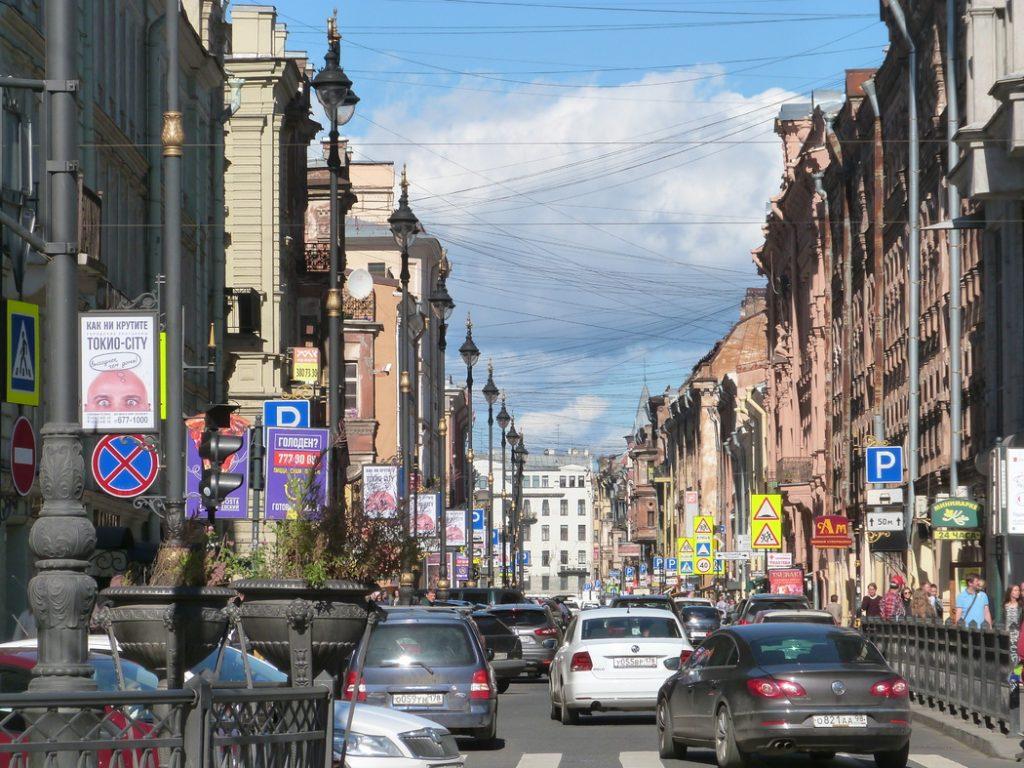 Суд в Петербурге оштрафовал на 300 тысяч два ресторана на Рубинштейна за антисанитарию
