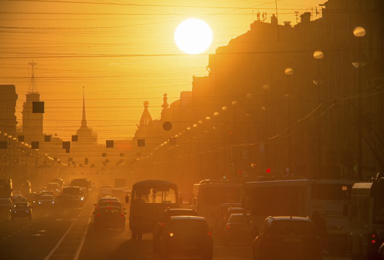 Погода на 9 мая в Петербурге обещает быть теплой