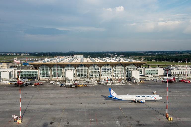 Из-за сообщения о «минировании» в Пулково досмотрели самолеты