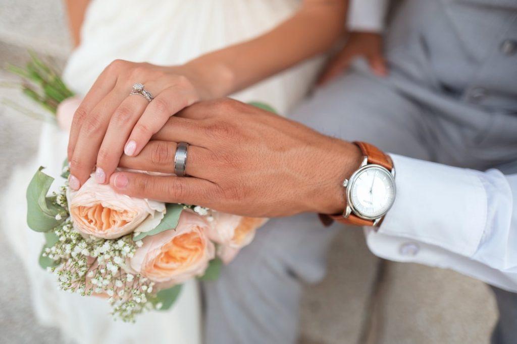 Петербуржцы не смогут зарегистрировать брак 12 июня