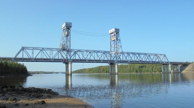 Мост через Свирь обещают построить раньше срока