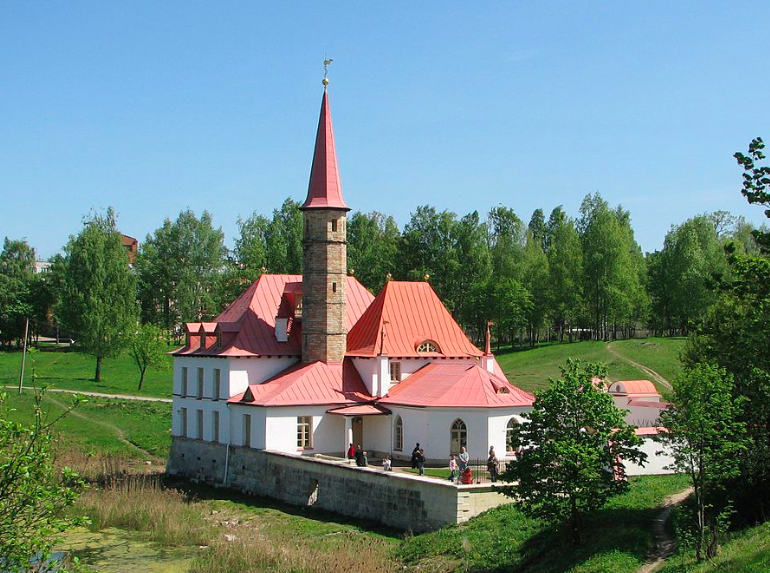Ленобласть хочет забрать у Петербурга Приоратский дворец в Гатчине