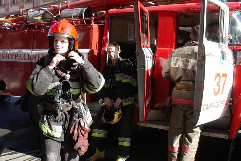 В МЧС опровергли информацию о погибших при пожаре в гостинице на юго-востоке Москвы