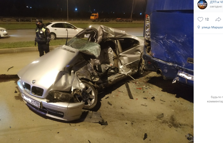 На Маршала Казакова водитель погиб в ДТП с автобусом