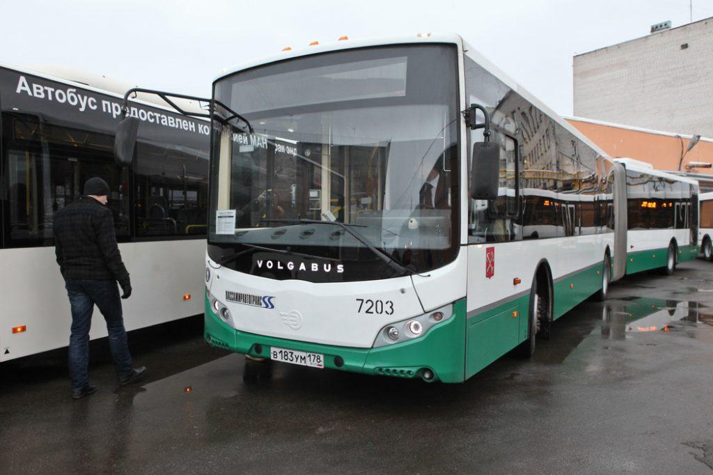 В Петербурге восстанавливают объемы транспортной работы